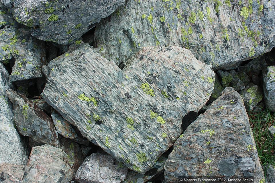 Горный Алтай, Елангаш. Камень-сердце