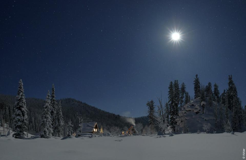 Поднебесные Зубья, лунная ночь