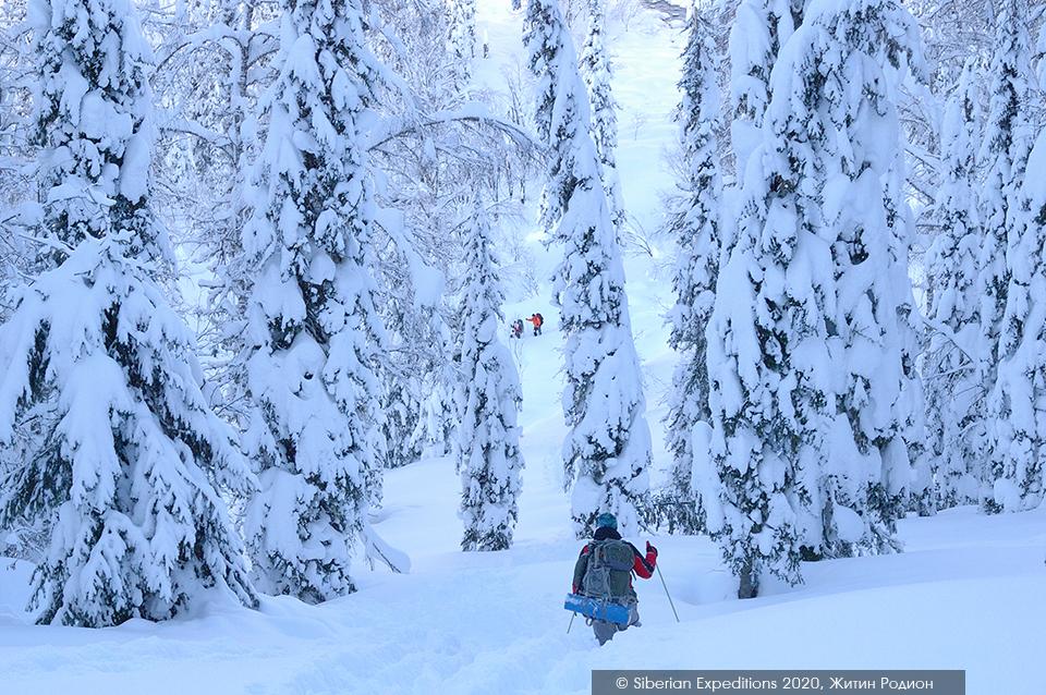 Лыжный тур 2020 по Сибири, Поднебесные Зубья. Тропим сугробы