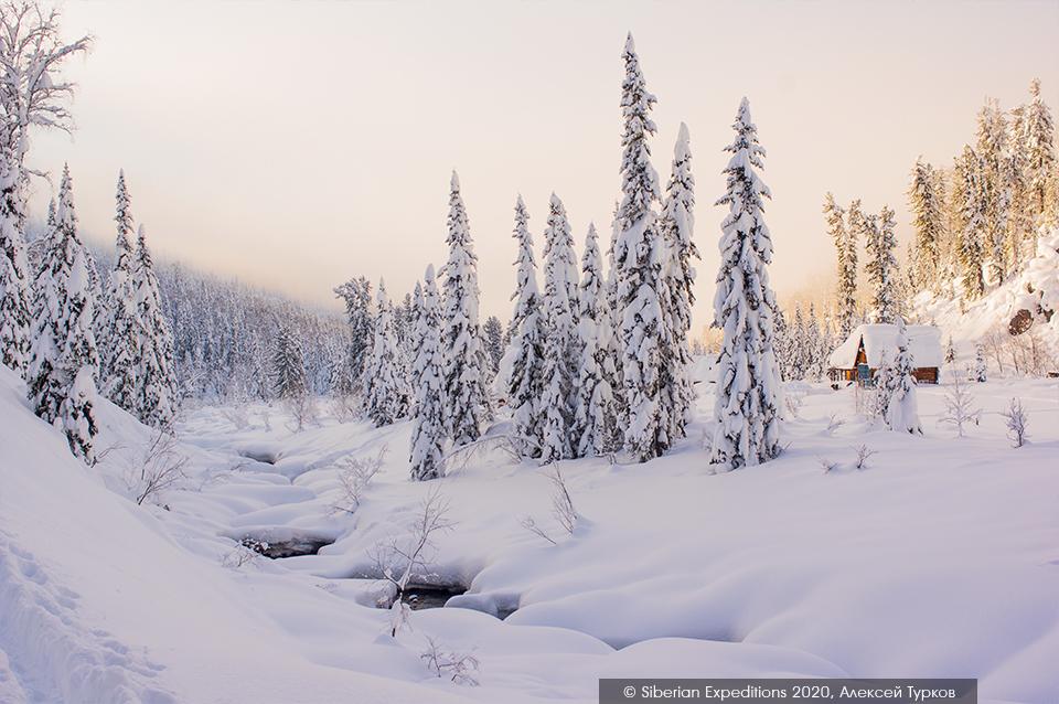Лыжный тур 2020 по Сибири, Поднебесные Зубья. Приют Глухаринный