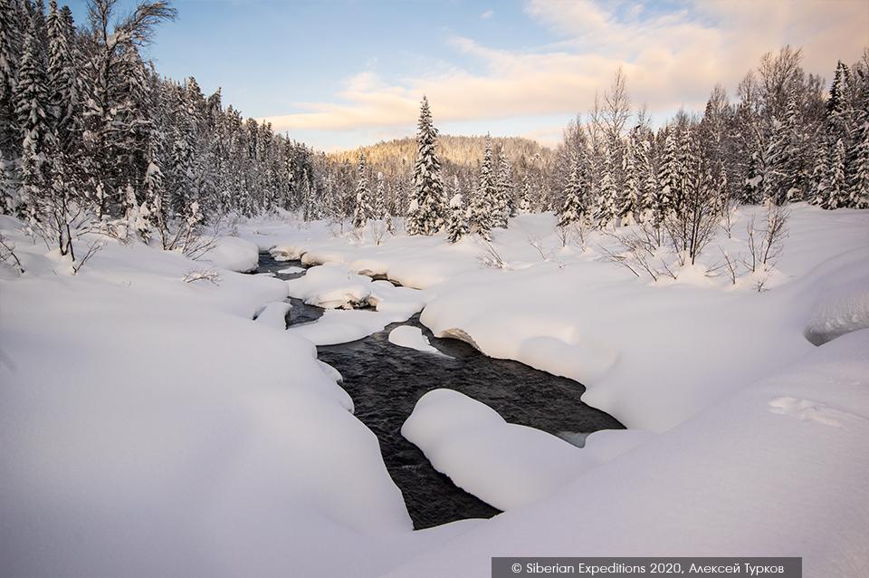 Лыжный тур. Сибирь, Поднебесные Зубья. Река Амзасс зимой