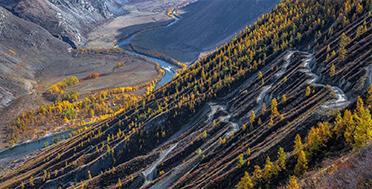 Перевал Катуярык, осенний Горный Алтай